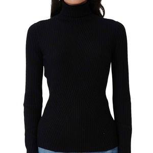 New Maje Moda wool blend turtleneck sweater. 🖤